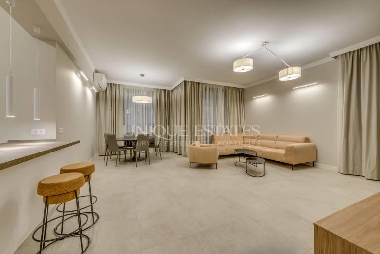 Нов, напълно обзаведен апартамент с четири спални в кв.Бояна
