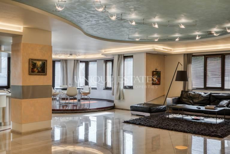 Елегантен, луксозен  апартамент на улица Еловица в Драгалевци