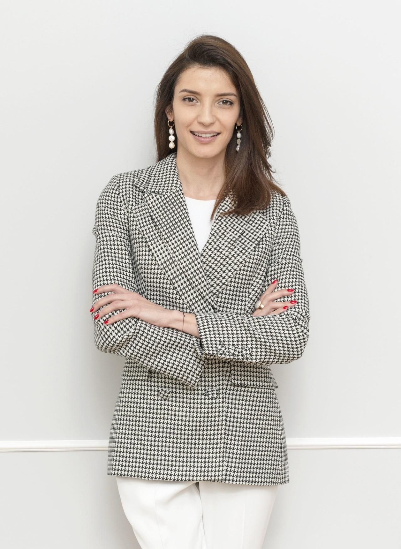 Александра Наниш